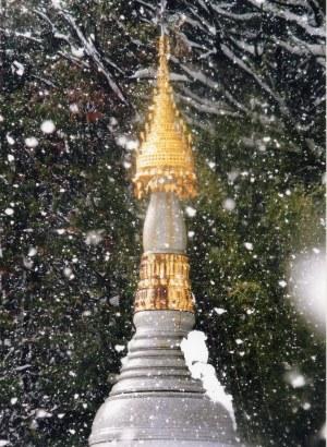 山南泉院様のパゴダ(仏塔)